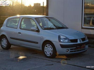 używany Renault Clio 1.2dm3 75KM 2003r. 197 093km Wspomaganie kierownicy, klimatyzacja zarejestrowany,