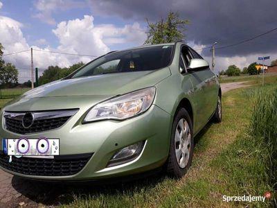 używany Opel Astra 2012 rok okazja