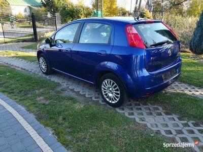 używany Fiat Grande Punto BENZYNA Serwis Mały przebieg Śliczny kolor