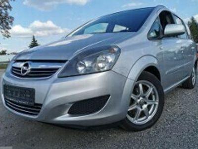 używany Opel Zafira Zafira B1.8 BENZYNA 140 KM 7 MIEJSC