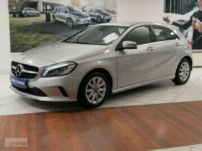 używany Mercedes A180 1.6dm 122KM 2017r. 50 678km