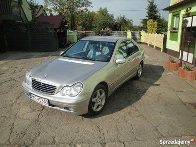 używany Mercedes 220 dci avangarde sedan