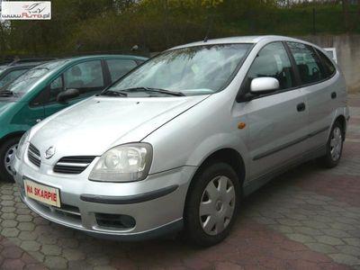 używany Nissan Almera Tino 1.8dm 116KM 2004r. 141 000km