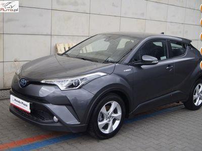 używany Toyota C-HR 1.8dm3 122KM 2018r. 29 000km 1.8 122KM Hybrid Salon Polska Serwisowany Bezwypadkowy FV23%