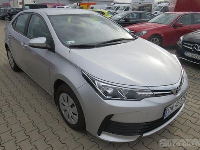 used Toyota Corolla sedan (limuzyna)