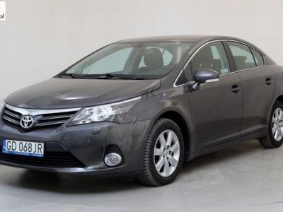 brugt Toyota Avensis 1.8dm3 147KM 2014r. 87 816km GD068JR ! Premium ! Czujniki parkowania przód/tył !