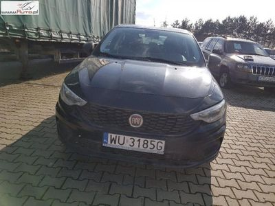 gebraucht Fiat Tipo Tipo 1.4dm3 95KM 2017r. 42 989km Sedan 15-,1.4 16v