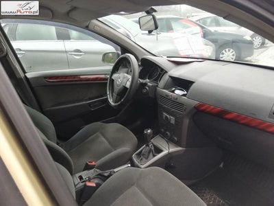 gebraucht Opel Astra 1.7dm3 80KM 2006r. 233 000km III 1,7 CDTI Bez DPF-a
