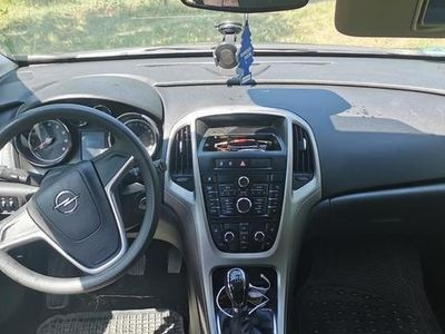 używany Opel Astra 1.4 sport