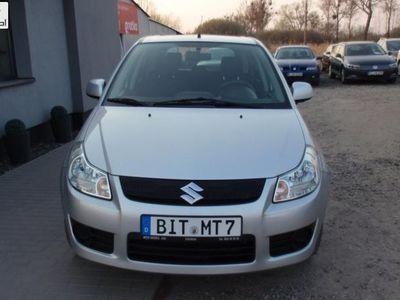 używany Suzuki SX4 1.6dm3 108KM 2008r. 99 985km 1,6 16v klima !