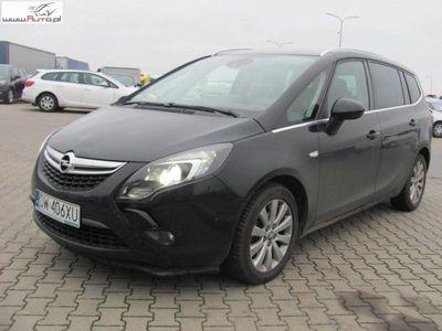 używany Opel Zafira 2dm3 165KM 2014r. 45 870km ABS