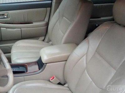 używany Toyota Avalon XLS V6 3.0