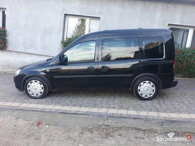 używany Opel Combo 2009r. 1.7 cdti 206000km Klimatyzacja