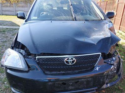 używany Toyota Corolla E12 Uszkodzona