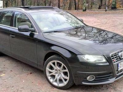 używany Audi A4 2.0dm3 211KM 2011r. 126 000km Avant Quattro TFSI ABS automatyczna klima.