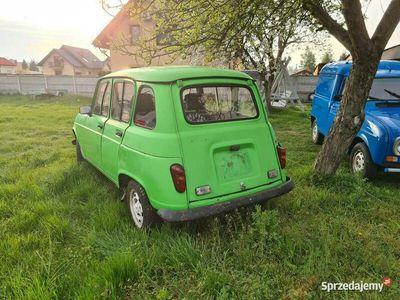 używany Renault R4 benzyna 1.1 jeździ, kompletna