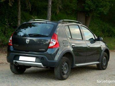 używany Dacia Sandero Stepway 1.6dm 84KM 2010r. 91 000km
