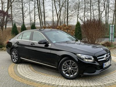 używany Mercedes C180 C 180Avantgarde / Salon PL I-właściciel / Serwisowany w ASO MB W205 (2014-)