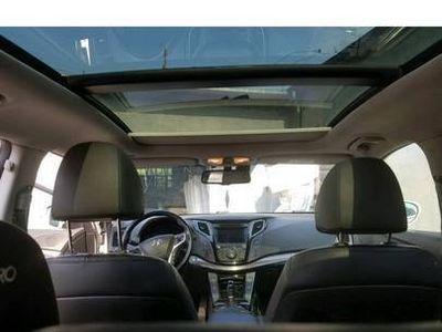 używany Hyundai i40 full opcja 100tys km biala perla