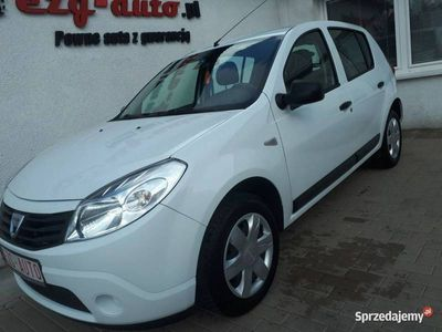 używany Dacia Sandero 1.1dm 75KM 2010r. 128 000km