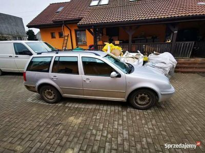 używany VW Bora kombi 2.0 lpg climatronic