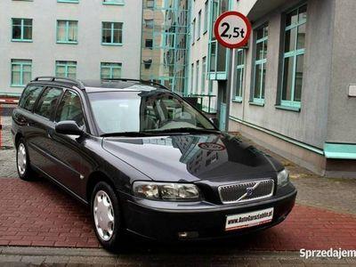 używany Volvo V70 2.3dm 250KM 2001r. 216 000km