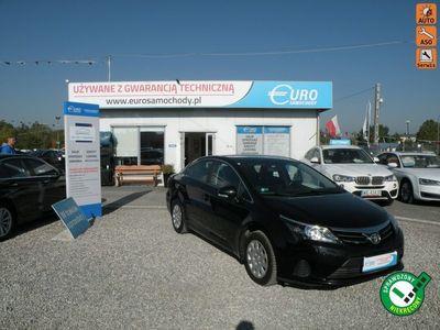 używany Toyota Avensis salon pl gwarancja 1 rok 2.0 d 1 2.0 Salon Polska F-vat gwa. 1 rok automatyczna klima.