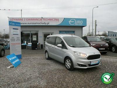używany Ford Tourneo Courier 1.5dm 95KM 2015r. 117 000km