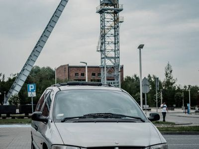 używany Chrysler Voyager Benzyna+LPG 2,0 Manualna skrzynia biegów
