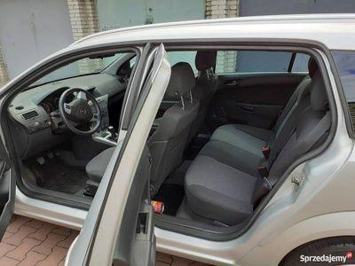 używany Opel Astra OKAZJA 2012ROK