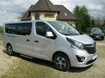 używany Opel Vivaro 1.6dm 125KM 2016r. 176 123km