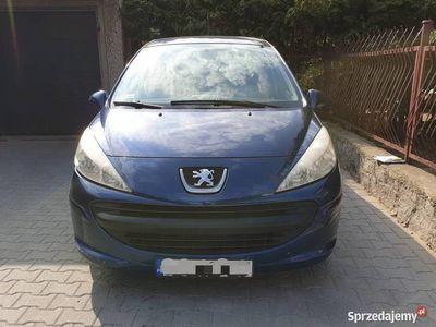 używany Peugeot 207 1.4 5 drzwiowy klimatyzacja