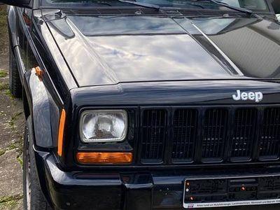 używany Jeep Cherokee 4.0 benzyna