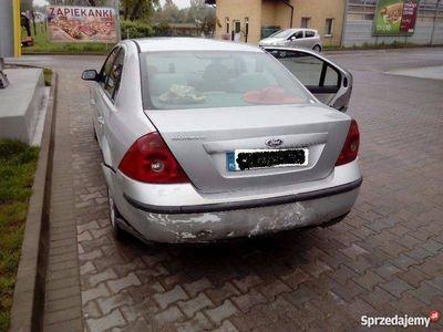 używany Ford Mondeo - ubezpieczony i zarejestrowany w kraju.