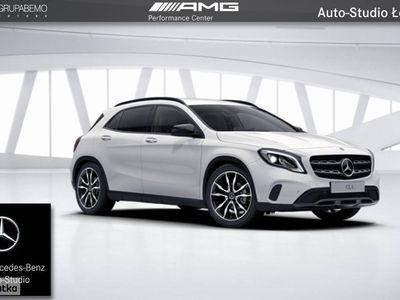 używany Mercedes GLA200 Klasa200 AMG KeylessGo Kamera Tempomat Ambient LED