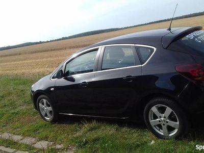 używany Opel Astra 1,7CDTI zadbany, garażowany, polecam.