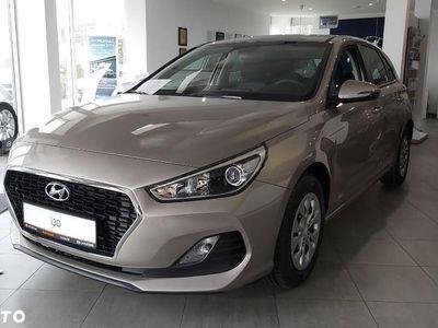 używany Hyundai i30 II 1.4 MPI 100 KM (benzyna), wersja Classic Plus + pakiet Business (110