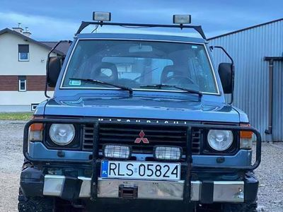 używany Mitsubishi Pajero I