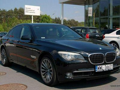 używany BMW 750 4.4dm 408KM 2008r. 105 000km