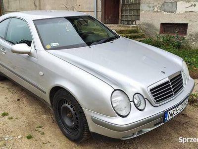 używany Mercedes CLK200 W208