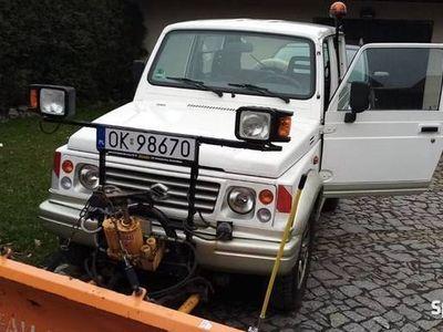 używany Suzuki Samurai wersja USA + Pług
