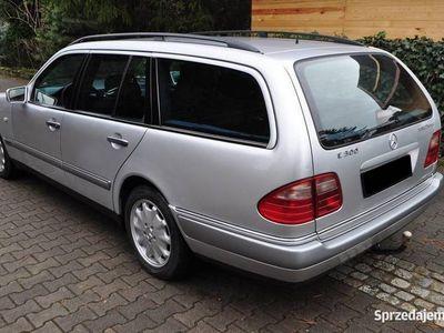 używany Mercedes 300