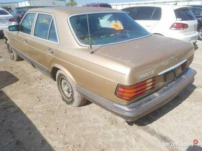 używany Mercedes 380 inny Klasyk -BenzSE 3.8 benz. 118 KM W126 1985