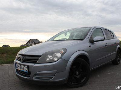 używany Opel Astra 3H Anglik