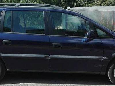 używany Opel Zafira 1,8 benzyna 2000 rok