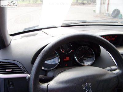 używany Peugeot 202 207 1.4dm3 65KM 2007r.362km