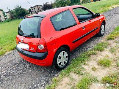 używany Renault Clio bardzo ładny krajowy bezwypadkowy 2005rok
