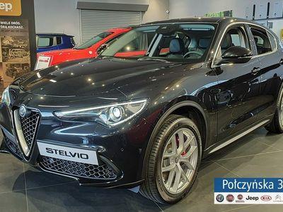 używany Alfa Romeo Stelvio 2dm3 280KM 2019r. 2km Super 2.0 280KM AT8   Czarny VULCANO / Czarna skóra   Dużo pakietów