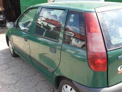używany Fiat Punto 75 SX garażowany w dobrym stanie tanio sprzedam