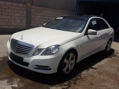 używany Mercedes E250 2.1dm 204KM 2010r. 140 235km